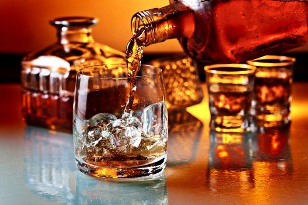 Göttingen Bar Whiskey Restaurant Hotelzimmer buchen